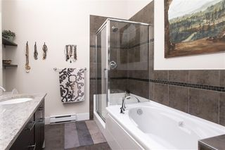 """Photo 13: 409 2632 PAULINE Street in Abbotsford: Central Abbotsford Condo for sale in """"Yale Crossing"""" : MLS®# R2519217"""