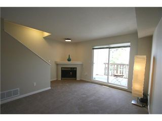 "Photo 3: 7 7100 LYNNWOOD Drive in Richmond: Granville Townhouse for sale in ""LAUREL WOOD"" : MLS®# V891072"