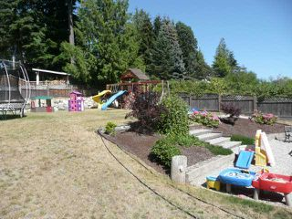 Photo 9: 6386 SAMRON Road in Sechelt: Sechelt District House for sale (Sunshine Coast)  : MLS®# V924555