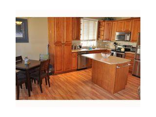 Photo 2: 6386 SAMRON Road in Sechelt: Sechelt District House for sale (Sunshine Coast)  : MLS®# V924555