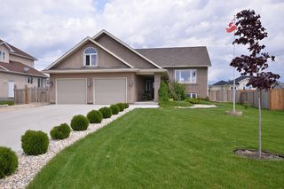Photo 1: 48 Tyler Bay: Oakbank Single Family Detached for sale (RM Springfield)  : MLS®# 1311939