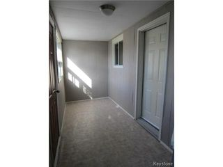 Photo 2: 611 Atlantic Avenue in WINNIPEG: North End Residential for sale (North West Winnipeg)  : MLS®# 1322659