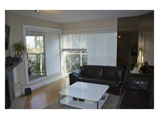 "Photo 4: 108 910 W 8TH Avenue in Vancouver: Fairview VW Condo for sale in ""Rhapsody"" (Vancouver West)  : MLS®# V1036982"
