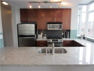 "Photo 8: 402 2055 YUKON Street in Vancouver: False Creek Condo for sale in ""MONTREUX"" (Vancouver West)  : MLS®# V1051503"