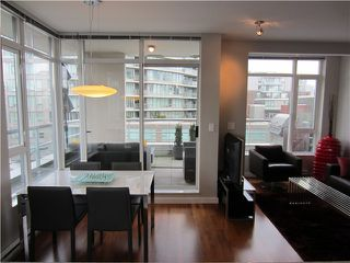 "Photo 5: 402 2055 YUKON Street in Vancouver: False Creek Condo for sale in ""MONTREUX"" (Vancouver West)  : MLS®# V1051503"