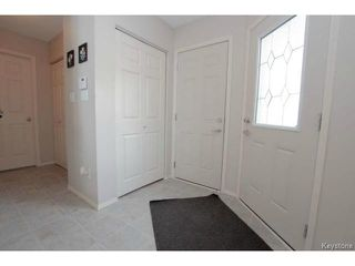 Photo 2: 103 Filbert Crescent in WINNIPEG: North Kildonan Residential for sale (North East Winnipeg)  : MLS®# 1405643