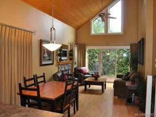 Photo 3: 118 1080 RESORT DRIVE in PARKSVILLE: PQ Parksville Row/Townhouse for sale (Parksville/Qualicum)  : MLS®# 683057