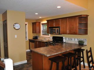 Photo 5: 118 1080 RESORT DRIVE in PARKSVILLE: PQ Parksville Row/Townhouse for sale (Parksville/Qualicum)  : MLS®# 683057