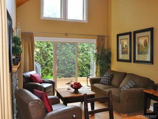 Photo 2: 118 1080 RESORT DRIVE in PARKSVILLE: PQ Parksville Row/Townhouse for sale (Parksville/Qualicum)  : MLS®# 683057
