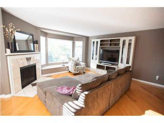 "Photo 6: 6 1195 FALCON Drive in Coquitlam: Eagle Ridge CQ Townhouse for sale in ""THE COURTYARDS"" : MLS®# V1108276"