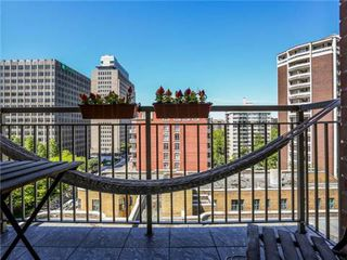 Photo 10: 1101 60 W St Clair Avenue in Toronto: Yonge-St. Clair Condo for lease (Toronto C02)  : MLS®# C3225791