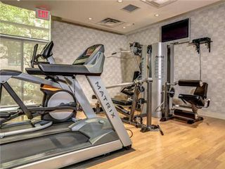 Photo 11: 1101 60 W St Clair Avenue in Toronto: Yonge-St. Clair Condo for lease (Toronto C02)  : MLS®# C3225791