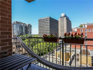 Photo 8: 1101 60 W St Clair Avenue in Toronto: Yonge-St. Clair Condo for lease (Toronto C02)  : MLS®# C3225791