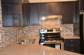 Photo 18: 920 3888 Duke Of York Boulevard in Mississauga: City Centre Condo for sale : MLS®# W3243936