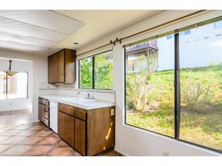 Photo 7: NORTH ESCONDIDO Condo for sale : 2 bedrooms : 2034 Santa Ysabel in Escondido
