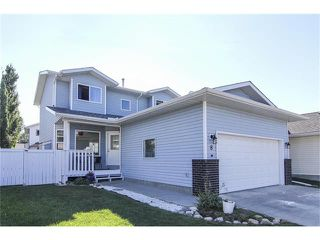 Photo 1: 8 SUN RIDGE Close NW: Airdrie House for sale : MLS®# C4048800
