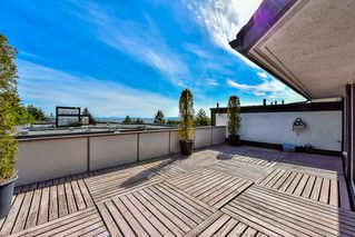 """Photo 1: 402 1437 FOSTER Street: White Rock Condo for sale in """"wedgewood"""" (South Surrey White Rock)  : MLS®# R2068954"""
