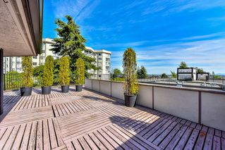 """Photo 2: 402 1437 FOSTER Street: White Rock Condo for sale in """"wedgewood"""" (South Surrey White Rock)  : MLS®# R2068954"""