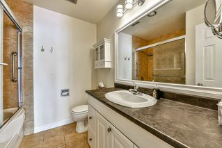 """Photo 14: 402 1437 FOSTER Street: White Rock Condo for sale in """"wedgewood"""" (South Surrey White Rock)  : MLS®# R2068954"""
