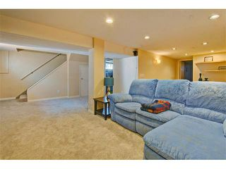 Photo 18: 147 WESTVIEW Drive SW in Calgary: Westgate House for sale : MLS®# C4077517