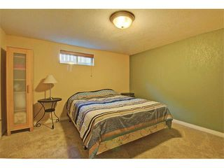 Photo 21: 147 WESTVIEW Drive SW in Calgary: Westgate House for sale : MLS®# C4077517