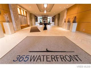 Photo 2: 107 365 Waterfront Cres in VICTORIA: Vi Rock Bay Condo for sale (Victoria)  : MLS®# 745023