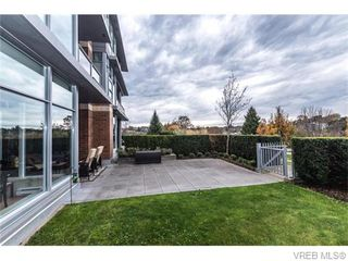 Photo 12: 107 365 Waterfront Cres in VICTORIA: Vi Rock Bay Condo for sale (Victoria)  : MLS®# 745023