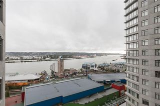 Photo 2: 2110 888 CARNARVON Street in New Westminster: Downtown NW Condo for sale : MLS®# R2132252