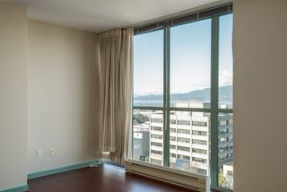 "Photo 10: 1101 1633 W 10TH Avenue in Vancouver: Fairview VW Condo for sale in ""HENNESSY HOUSE"" (Vancouver West)  : MLS®# R2132652"