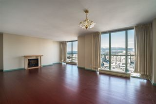 """Photo 8: 1101 1633 W 10TH Avenue in Vancouver: Fairview VW Condo for sale in """"HENNESSY HOUSE"""" (Vancouver West)  : MLS®# R2132652"""