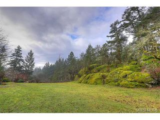Photo 2: 2958 Munn Rd in VICTORIA: Hi Eastern Highlands House for sale (Highlands)  : MLS®# 749585