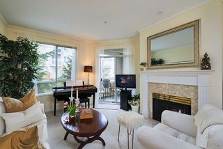"Photo 5: 310 360 E 36TH Avenue in Vancouver: Main Condo for sale in ""MAGNOLIA GATE"" (Vancouver East)  : MLS®# R2134972"