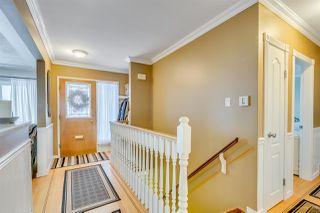 Photo 4: 933 STEWART Avenue in Coquitlam: Maillardville House for sale : MLS®# R2144525