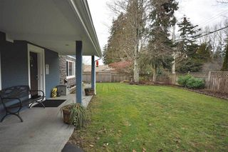 """Photo 2: 12936 20TH Avenue in Surrey: Crescent Bch Ocean Pk. House for sale in """"AMBLE GREEN WEST"""" (South Surrey White Rock)  : MLS®# R2150575"""