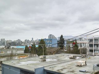 "Photo 15: 303 311 E 6TH Avenue in Vancouver: Mount Pleasant VE Condo for sale in ""Wohlsein"" (Vancouver East)  : MLS®# R2156240"