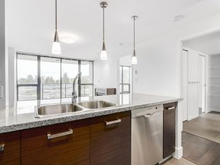 "Photo 9: 706 2959 GLEN Drive in Coquitlam: North Coquitlam Condo for sale in ""THE PARC"" : MLS®# R2156531"