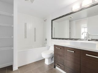 "Photo 12: 706 2959 GLEN Drive in Coquitlam: North Coquitlam Condo for sale in ""THE PARC"" : MLS®# R2156531"