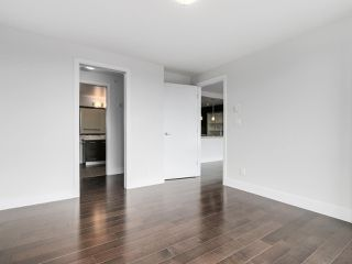 "Photo 11: 706 2959 GLEN Drive in Coquitlam: North Coquitlam Condo for sale in ""THE PARC"" : MLS®# R2156531"