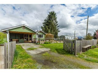 Main Photo: 28995 MCTAVISH Road in Abbotsford: Bradner House for sale : MLS®# R2158897