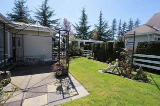 "Photo 16: 5 16995 64 Avenue in Surrey: Cloverdale BC Townhouse for sale in ""Lexington"" (Cloverdale)  : MLS®# R2159340"
