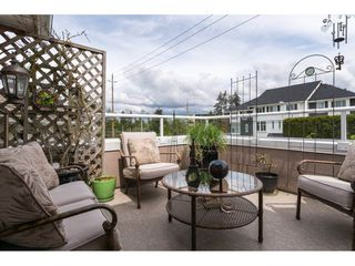 """Photo 4: 119 15550 26 Avenue in Surrey: King George Corridor Townhouse for sale in """"Sunnyside Gate"""" (South Surrey White Rock)  : MLS®# R2159523"""