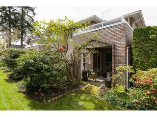 """Photo 2: 119 15550 26 Avenue in Surrey: King George Corridor Townhouse for sale in """"Sunnyside Gate"""" (South Surrey White Rock)  : MLS®# R2159523"""