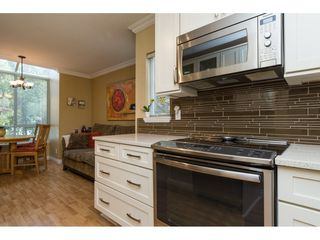 """Photo 10: 119 15550 26 Avenue in Surrey: King George Corridor Townhouse for sale in """"Sunnyside Gate"""" (South Surrey White Rock)  : MLS®# R2159523"""