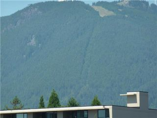 "Photo 11: 701 124 W 1ST Street in North Vancouver: Lower Lonsdale Condo for sale in ""THE ""Q"""" : MLS®# R2160332"
