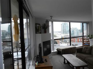 "Photo 6: 701 124 W 1ST Street in North Vancouver: Lower Lonsdale Condo for sale in ""THE ""Q"""" : MLS®# R2160332"