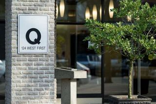 "Photo 2: 701 124 W 1ST Street in North Vancouver: Lower Lonsdale Condo for sale in ""THE ""Q"""" : MLS®# R2160332"
