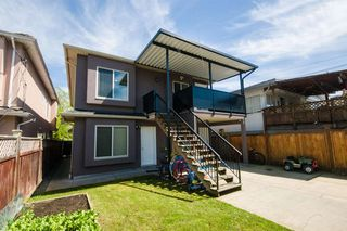Photo 2: 6391 WINDSOR Street in Vancouver: Fraser VE House for sale (Vancouver East)  : MLS®# R2167455
