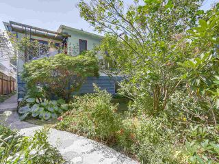Photo 1: 2038 E 2ND Avenue in Vancouver: Grandview VE House for sale (Vancouver East)  : MLS®# R2193102