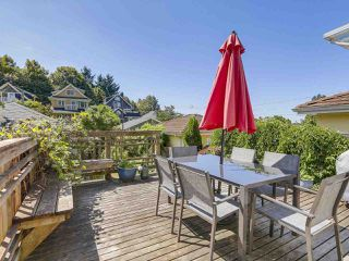 Photo 9: 2038 E 2ND Avenue in Vancouver: Grandview VE House for sale (Vancouver East)  : MLS®# R2193102