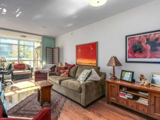 "Photo 4: 375 2080 W BROADWAY in Vancouver: Kitsilano Condo for sale in ""PINNACLE LIVING ON BROADWAY"" (Vancouver West)  : MLS®# R2211453"